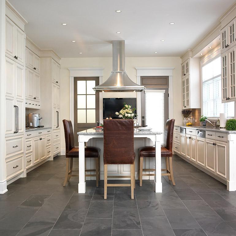 Cuisines beauregard cuisine r alisation 237 distingu e cuisine en merisier et granit - Grand classique cuisine francaise ...