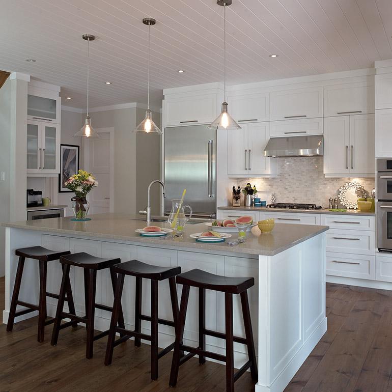 Cuisines beauregard cuisine r alisation 284 armoires de style shaker dans la cuisine - Photo de cuisine ...
