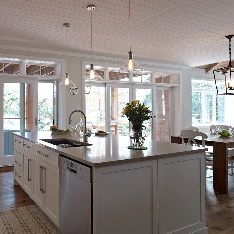 cuisines beauregard cuisine r alisation 284 armoires de style shaker dans la cuisine. Black Bedroom Furniture Sets. Home Design Ideas