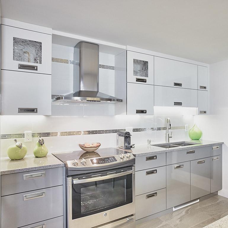 Cuisines beauregard cuisine r alisation 343 cuisine for Melamine ou stratifie pour cuisine