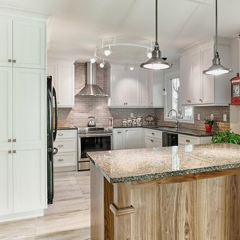 Cuisines beauregard cuisine r alisation 356 armoires for Armoires de cuisine home depot