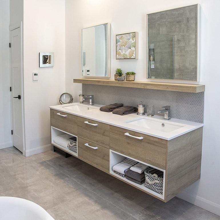 Cuisines Beauregard Contemporary Bathroom Project No
