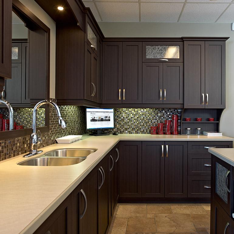Cuisine comptoirs de cuisine granby comptoirs de cuisine for Meuble granby