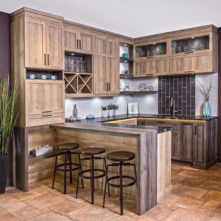 Fabricant de cuisines cuisines beauregard - Armoire de cuisine rustique ...