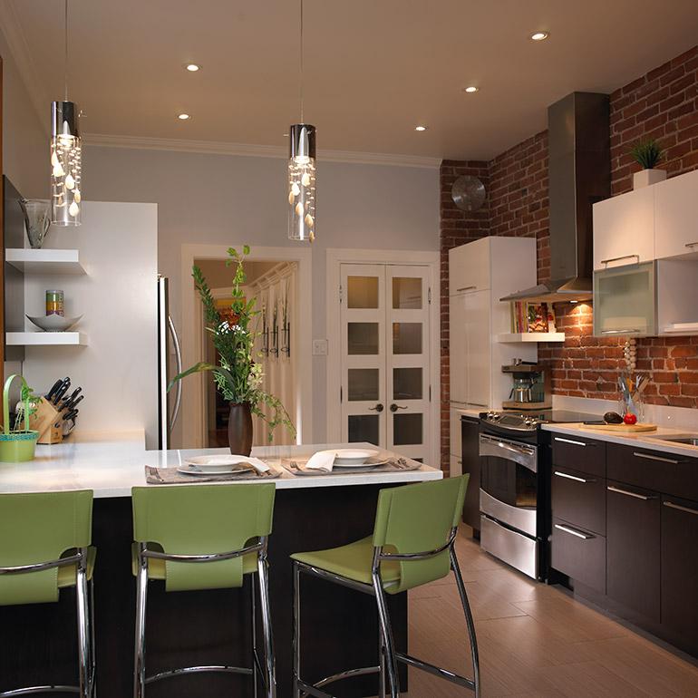 Kitchen manufacturer cuisines beauregard for Plaque bois cuisine
