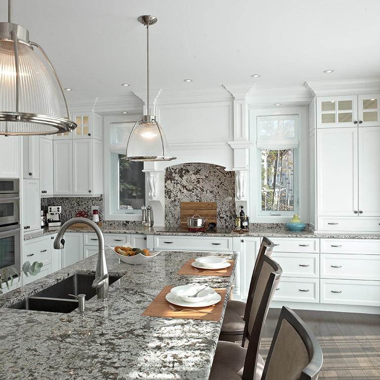 Fabricant de cuisines cuisines beauregard for Cuisine blanche classique