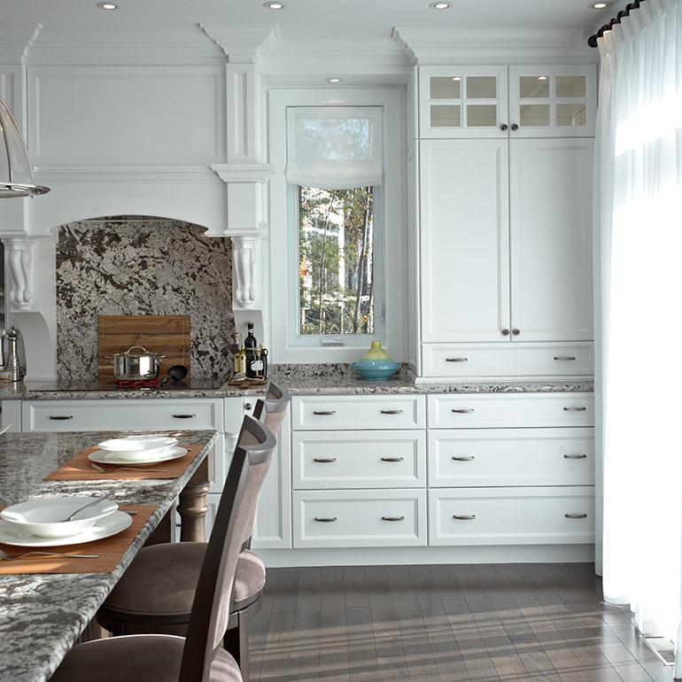 Cuisine blanche classique cuisine blanche de charme - Cuisine blanche classique ...